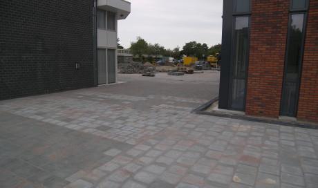 Uithoorn terreininrichting nieuwbouw Praktijkschool