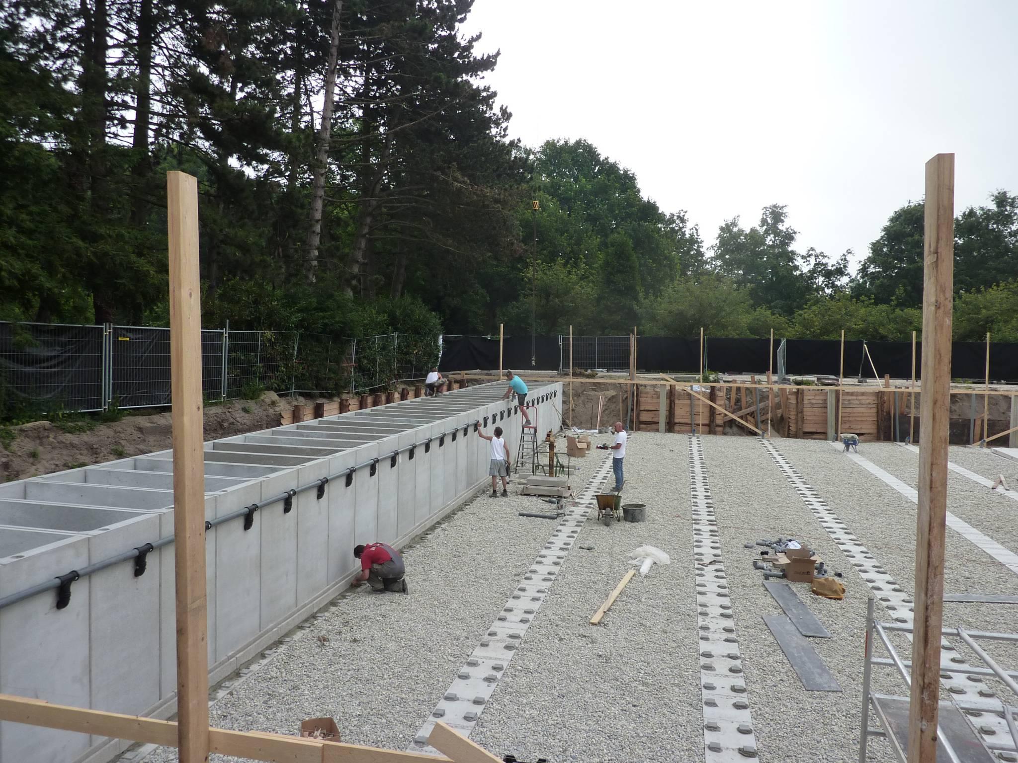 Aannemingsbedrijf Fronik Infra B.V. in Mijdrecht begraafplaats Zorgvlied, aanleg mausoleum 't Lalibellum