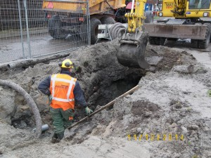Aannemingsbedrijf Fronik Infra B.V. in Mijdrecht De Kwakel, reconstructie riolering Chrysantenlaan