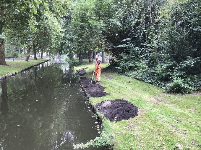 Aannemingsbedrijf Fronik Infra B.V. herstel beschoeiingen en oeverswatergangen Gouda